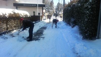 雪かき風景.JPGのサムネール画像